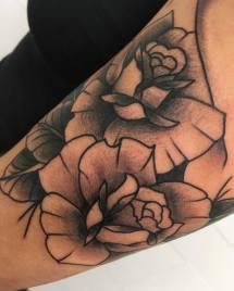 Tatouage Roses - La Rochelle - Niko Bushman